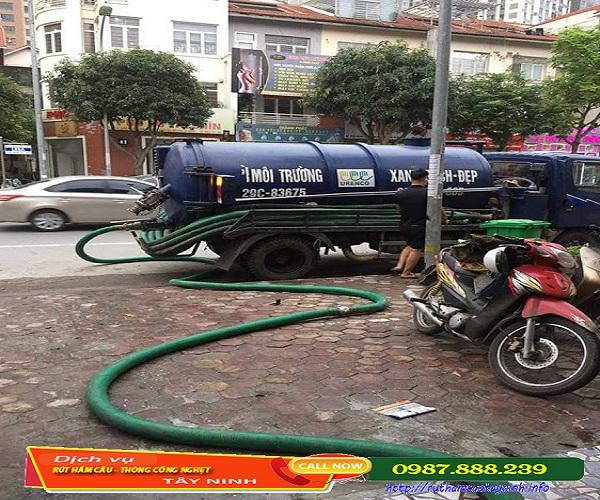 Hút chất thải huyện Gò Dầu an toàn với môi trường